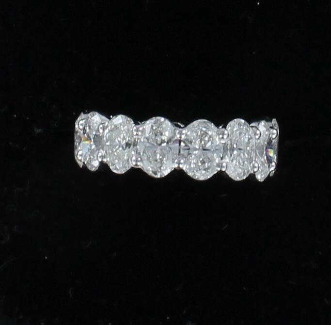 PLATINUM 11.0 CT TW OVAL DIAMOND ETERNITY BAND, SZ 6