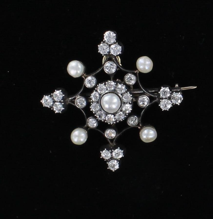 ANTIQUE DIAMOND AND PEARL PIN CIRCA 1900 205-2448