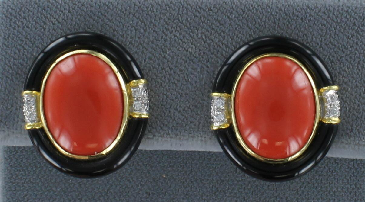 18KT CORAL, ONYX AND DIAMOND EARRINGS 205-2520