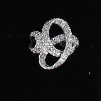 14KT DIAMOND SWIRL RING