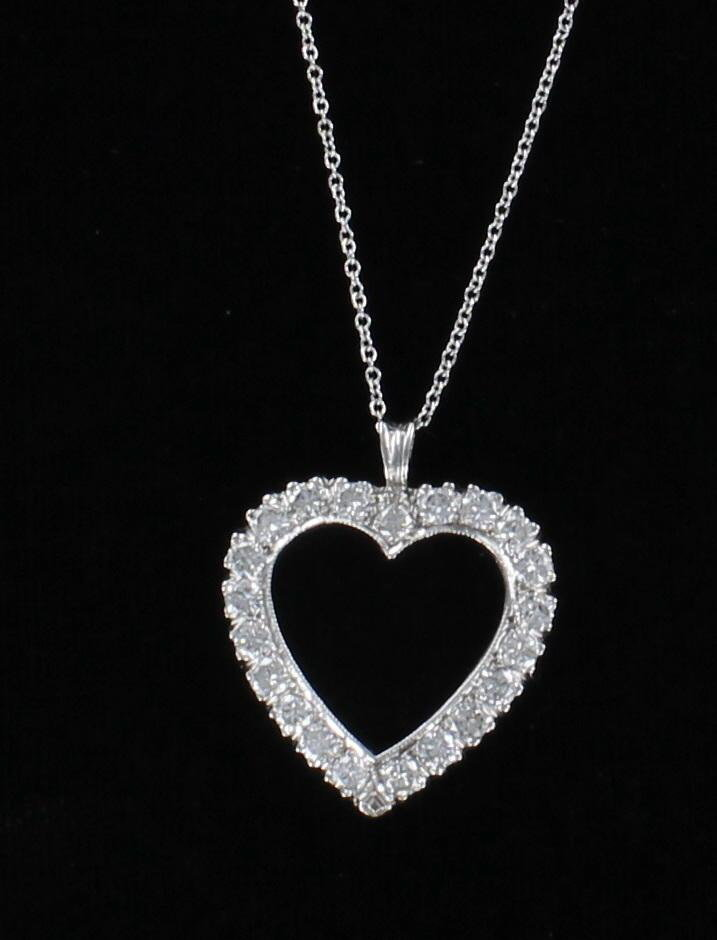 14KT 1.70 CT TW DIAMOND HEART PENDANT