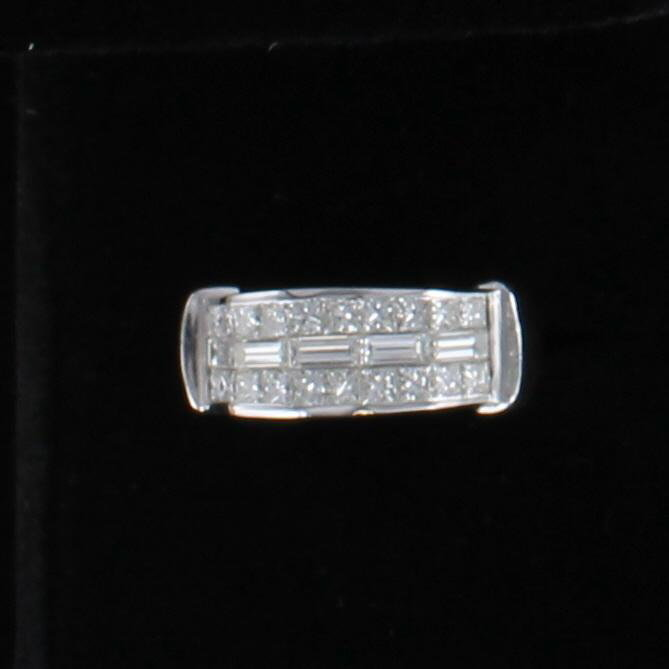 18KT 3.0 CT TW DIAMOND RING 205-2498