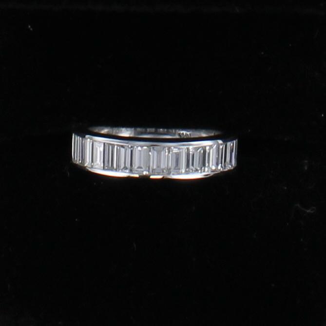 14KTW 1.75 CT TW DIAMOND BAGUETTE BAND 195-4267