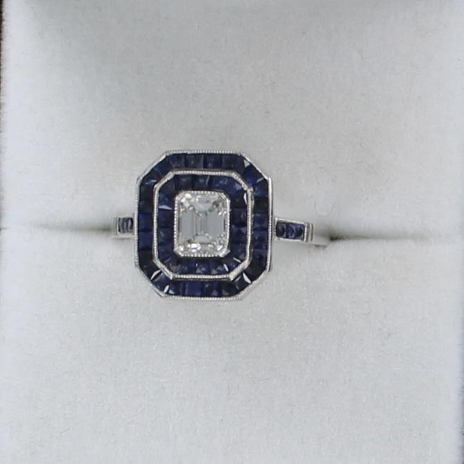 PLATINUM DIAMOND AND SAPPHIRE RING 205-2585