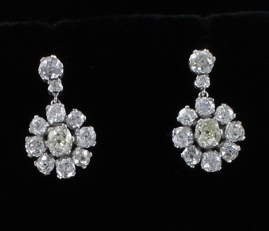 PLATINUM 6.35 CT TW OLD EUROPEAN CUT DIAMOND EARRINGS CIRCA 1920