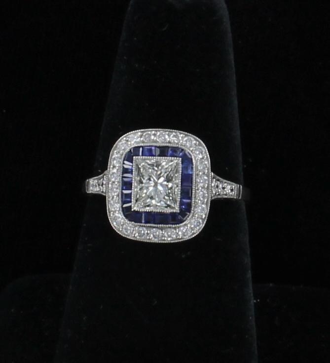 PLATINUM DIAMOND SAPPHIRE RING 205-2587