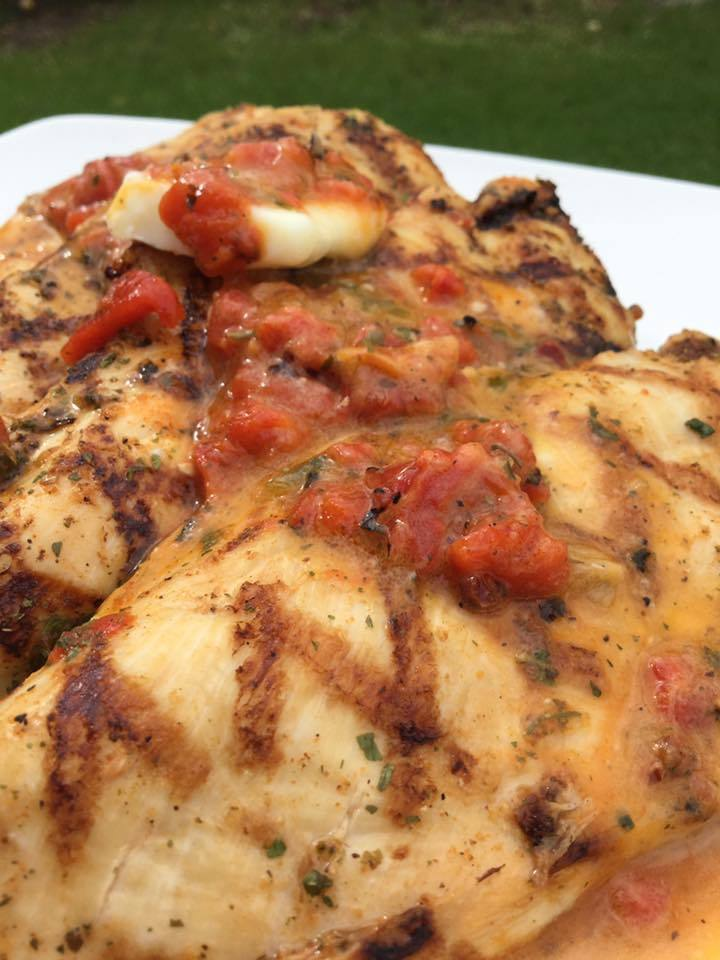 ROASTED RED PEPPER CHICKEN FOR 2