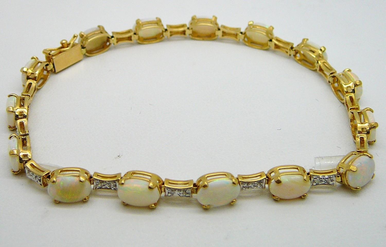OPAL LINK BRACELET, Diamonds / 14 Kt. Gold