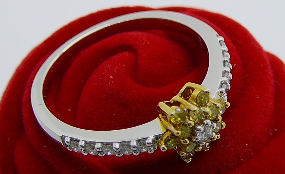 YELLOW FLOWER  White & Yellow Gold 18kt. Plus White Dimonds