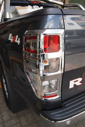 Ford Ranger Tail Light Chrome Garnish