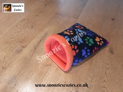 SNOOZIE COZIE - Black Multi-Paws/Orange