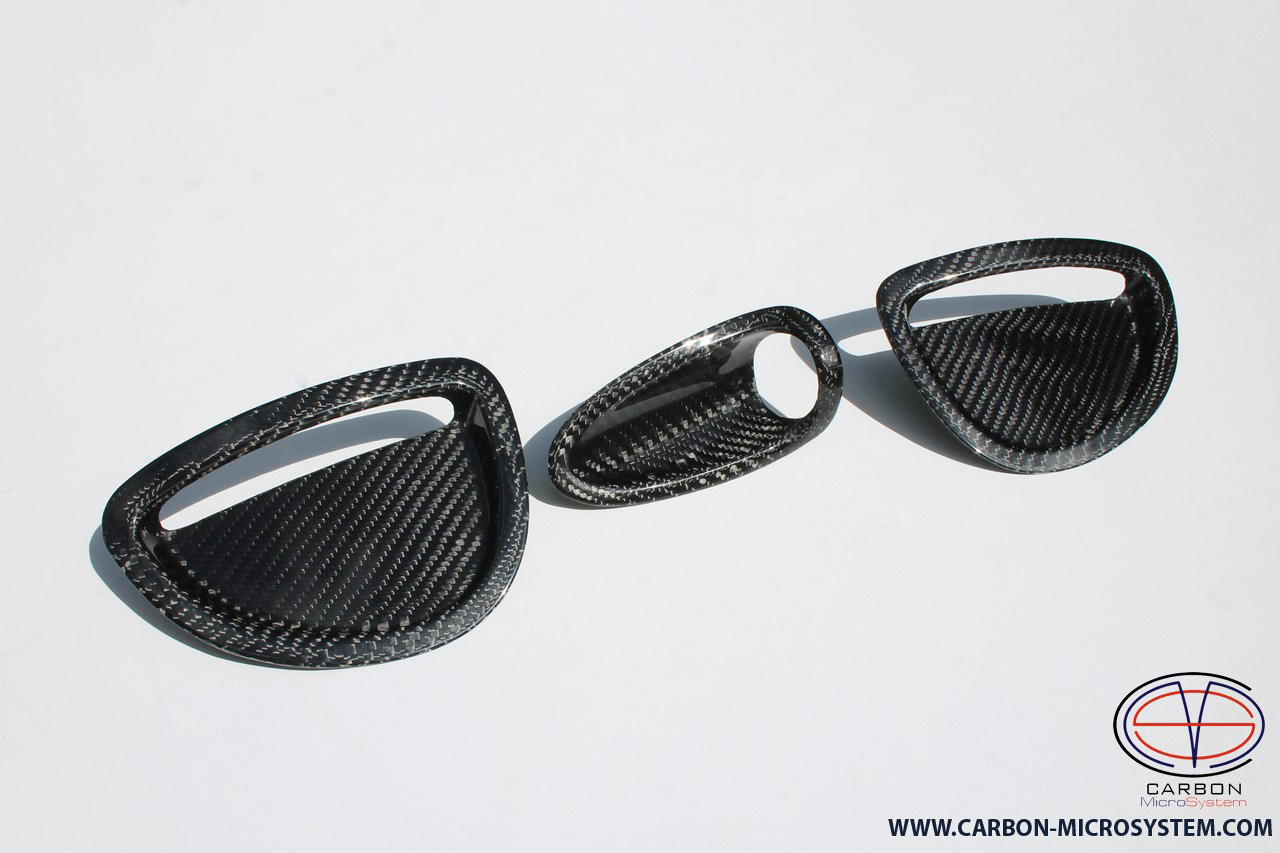 TOYOTA Celica Carbon fiber inserts in ST205 GT4 hood - The second grade 00001