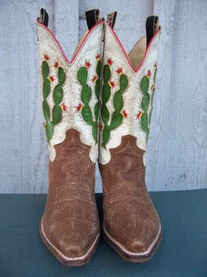 Justin Vintage Cactus Boots...more fun than a barrel of monkeys!!