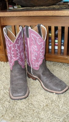 Brand new voluptuous violet Justin Bent Rail boots!