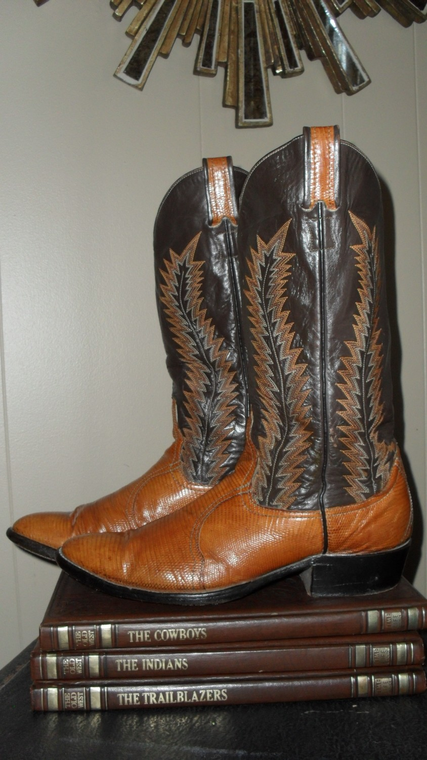 Larry Mahan boots with that wonderful flame stitch!