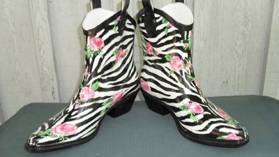 Walking in the rain gets even more fun when you're wearing zebra rain boots!!
