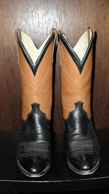 Custom pair of Black Jack boots ... style is eternal!