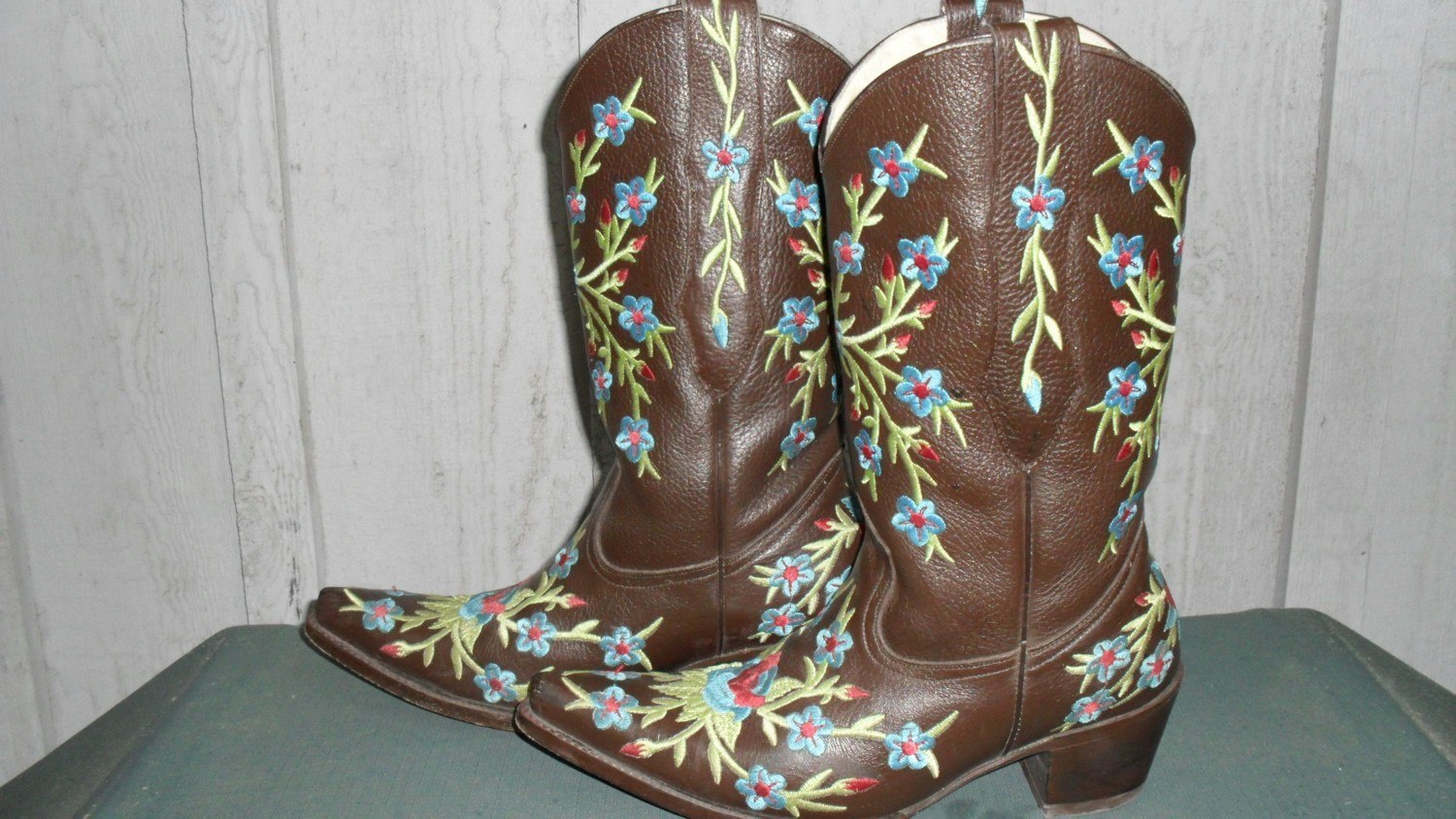 All eyes are on you and these gorgeous Turquoise Haven boots!