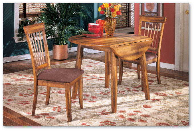 Berringer Collection - Round Dining Room Set