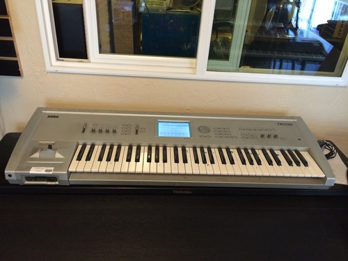 Korg Triton Workstation 61 key