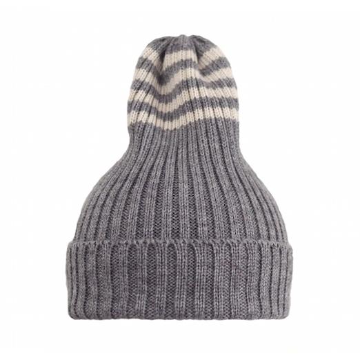 Полосатая шапка серая