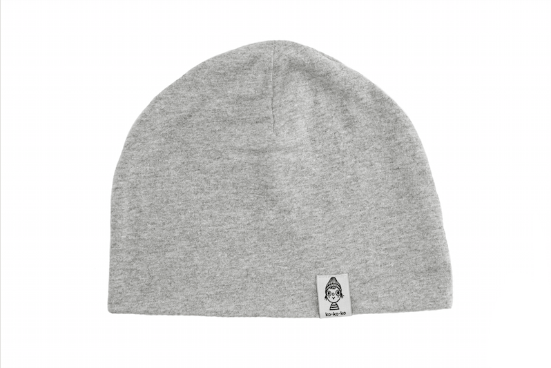 Трикотажная шапка серая