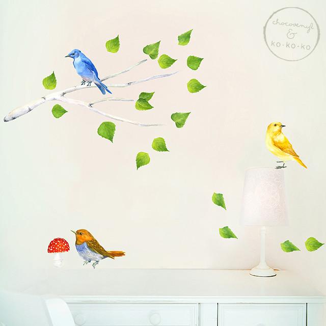 Интерьерная наклейка «Ветка с птицами + мухомор»
