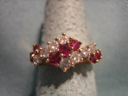 Ruby and Diamond Ring 14 Karat Yellow Gold
