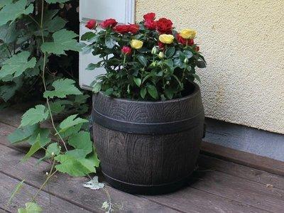 Садовый пластиковый горшок боченок (BOLERO L)