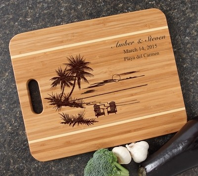 Personalized Cutting Board Engraved 15x12 Handle DESIGN 33
