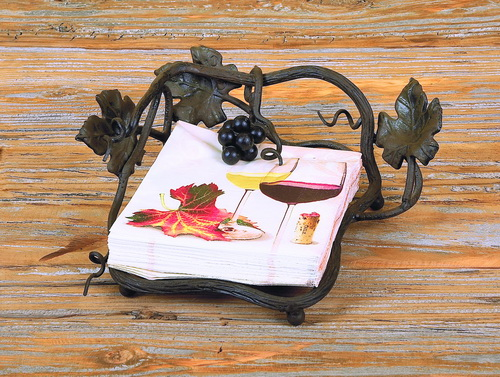 Vineyard Outdoor Luncheon Napkin Holder