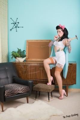 Lola Diamond white lingerie 01