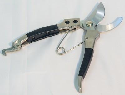 Honest Pruning Shears, Black Handle