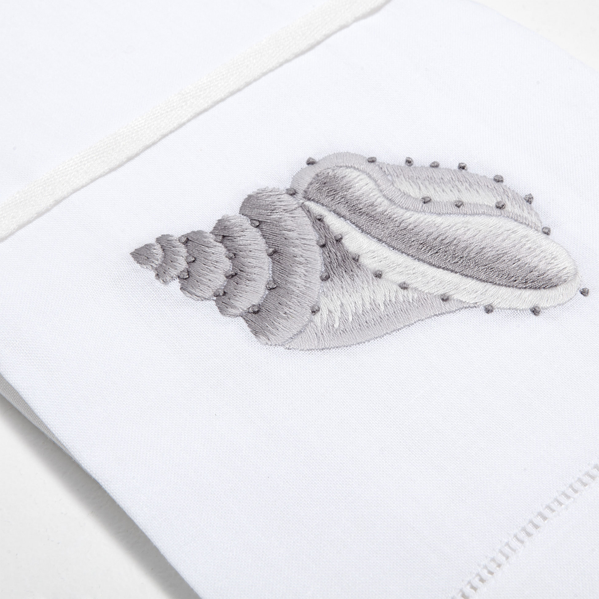 Дизайн машинной вышивки Красивая ракушка - 2 размера RPE-119