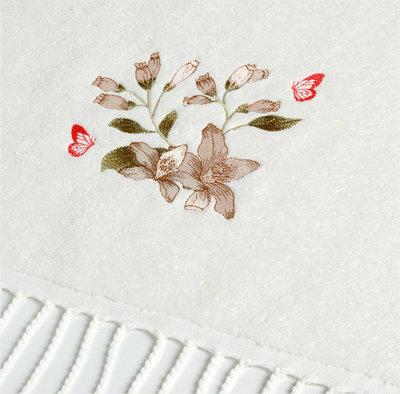 Дизайн машинной вышивки Лилии и бабочки