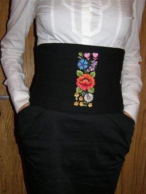 Дизайн для машинной вышивки Эстонский фольклорный бордюр