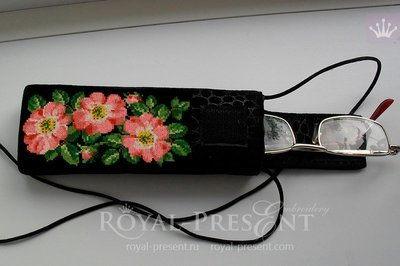 Дизайн для машинной вышивки крестом Цветы шиповника