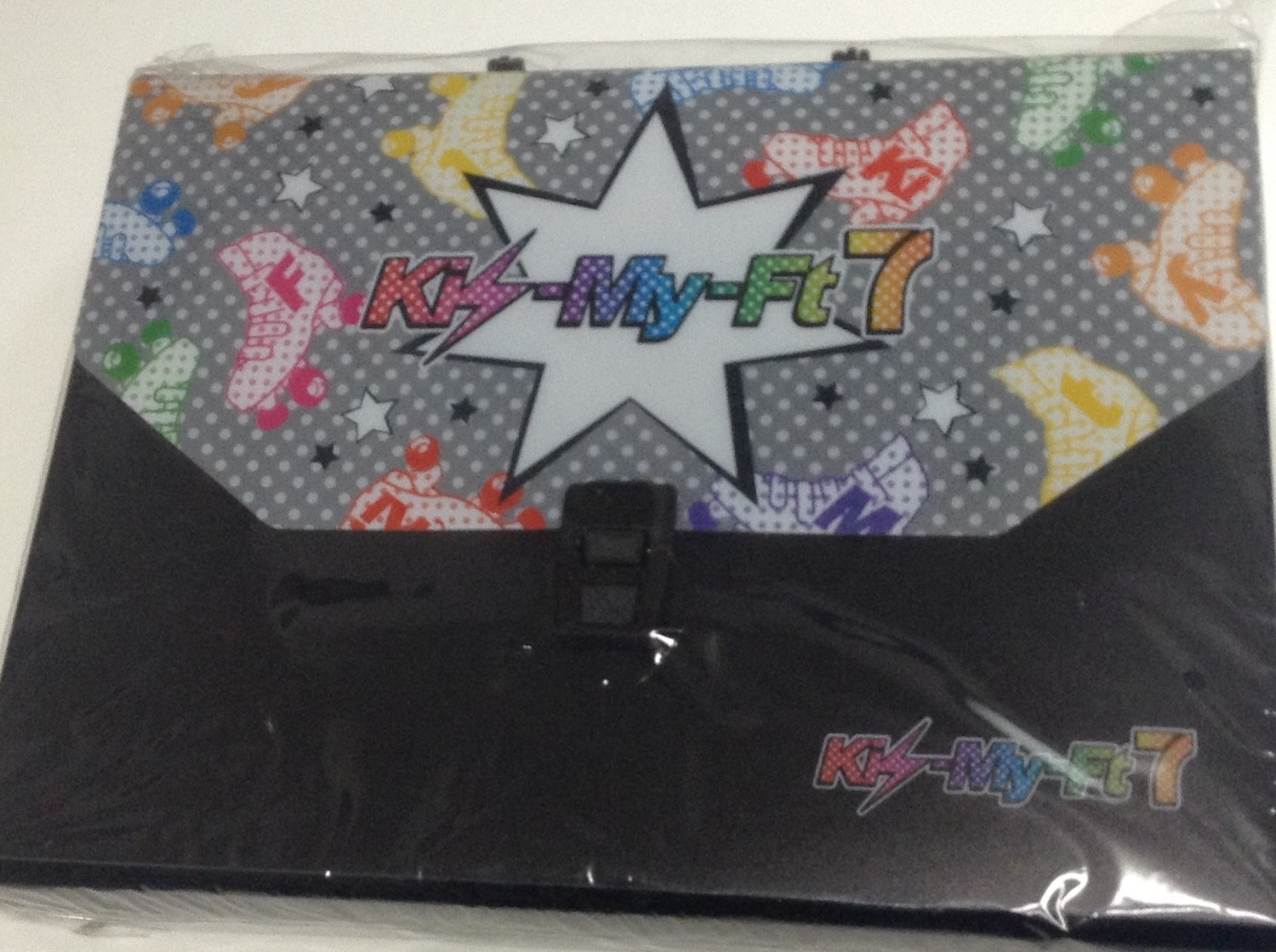 Kis-My-Ft2 7-11 Carry Case