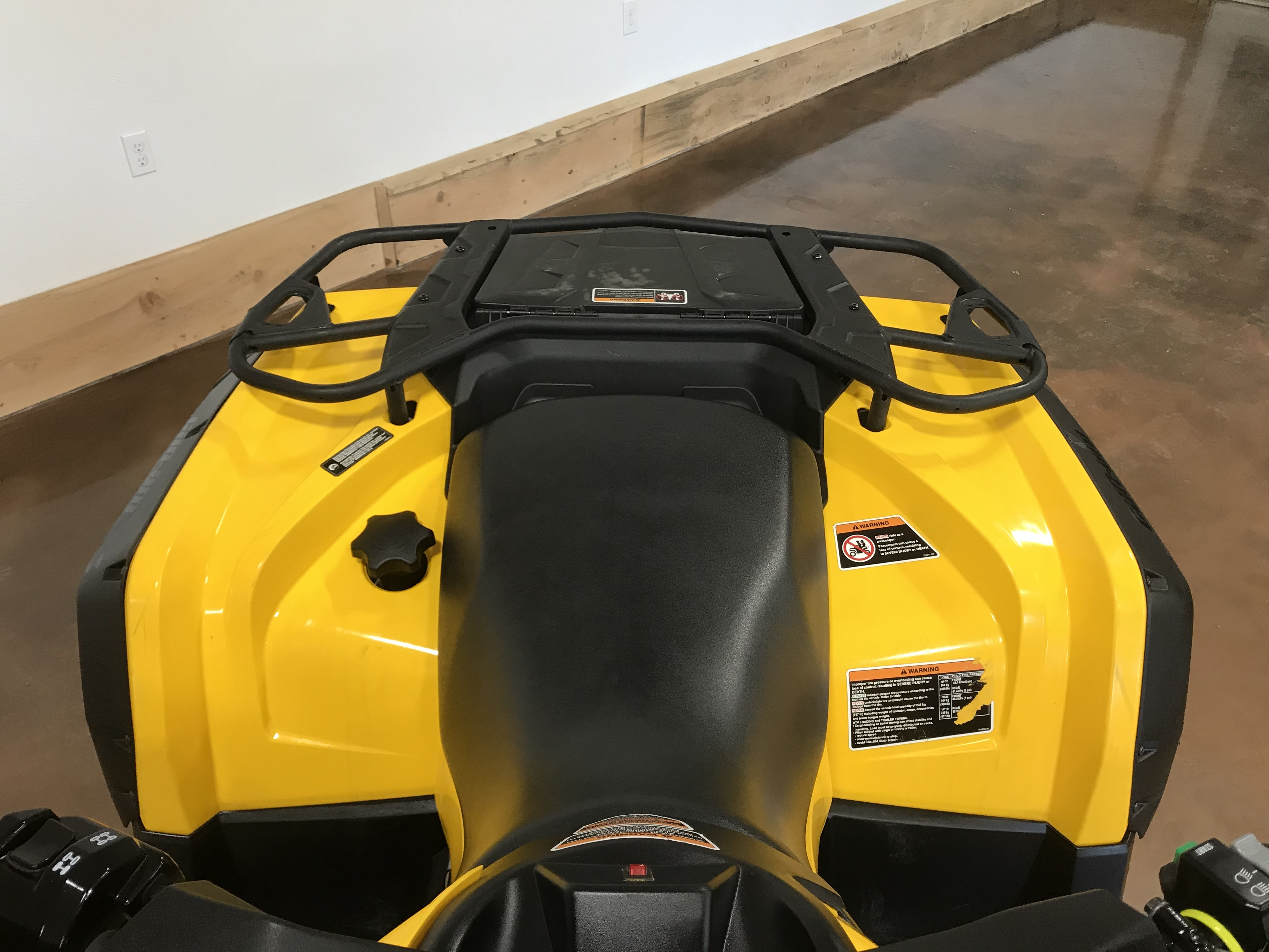 2016 Can-Am Outlander 570 DPS