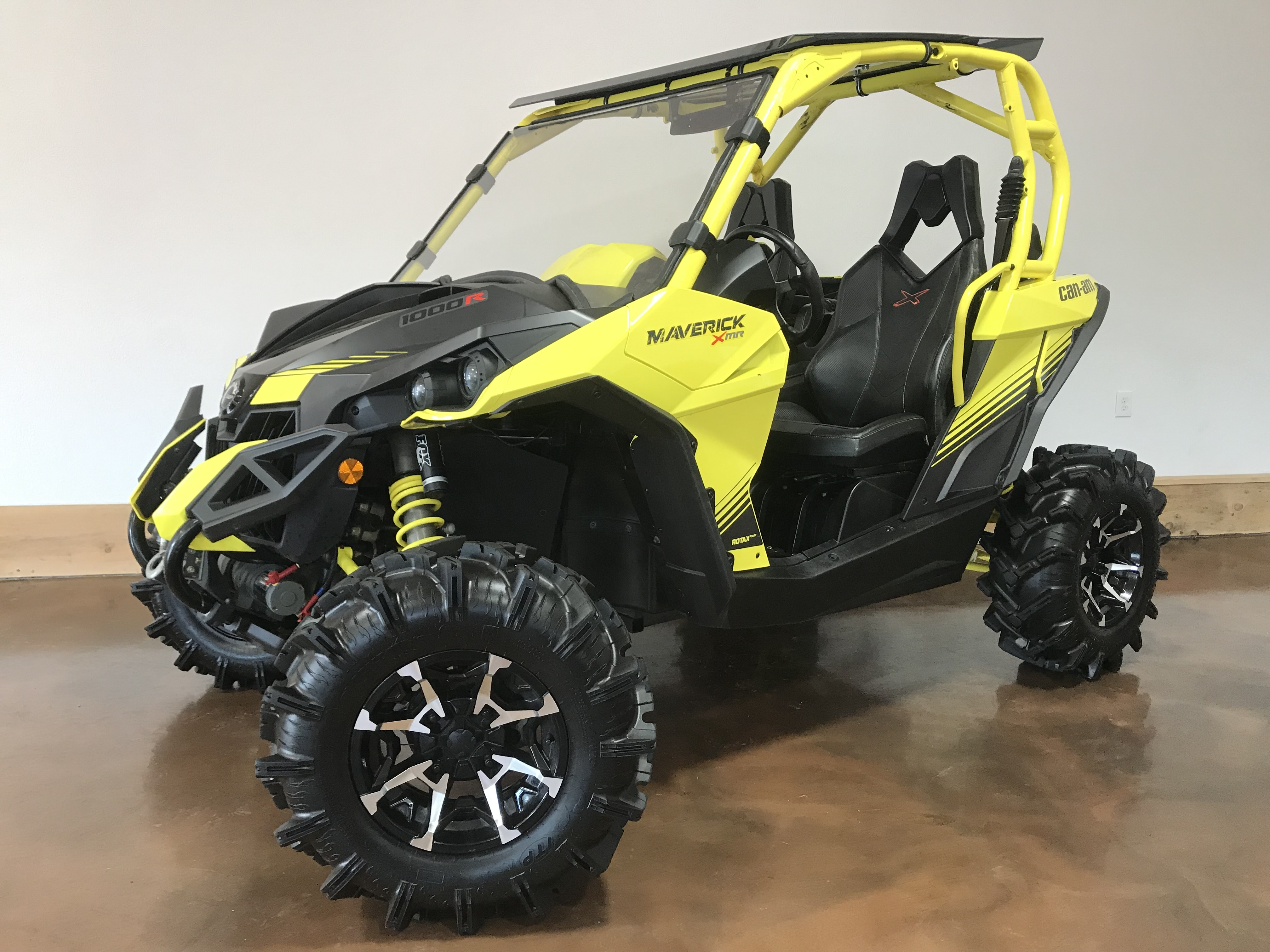 2018 Can-Am Maverick 1000R X MR - ONLY 470 Miles! 79819