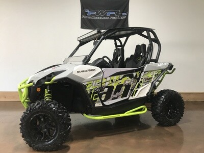 2016 Can-Am Maverick 1000R Turbo DPS