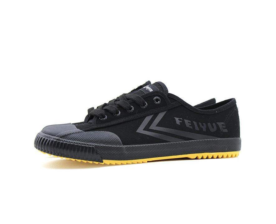 Feiyue Black Shoe & Black Letters 13539