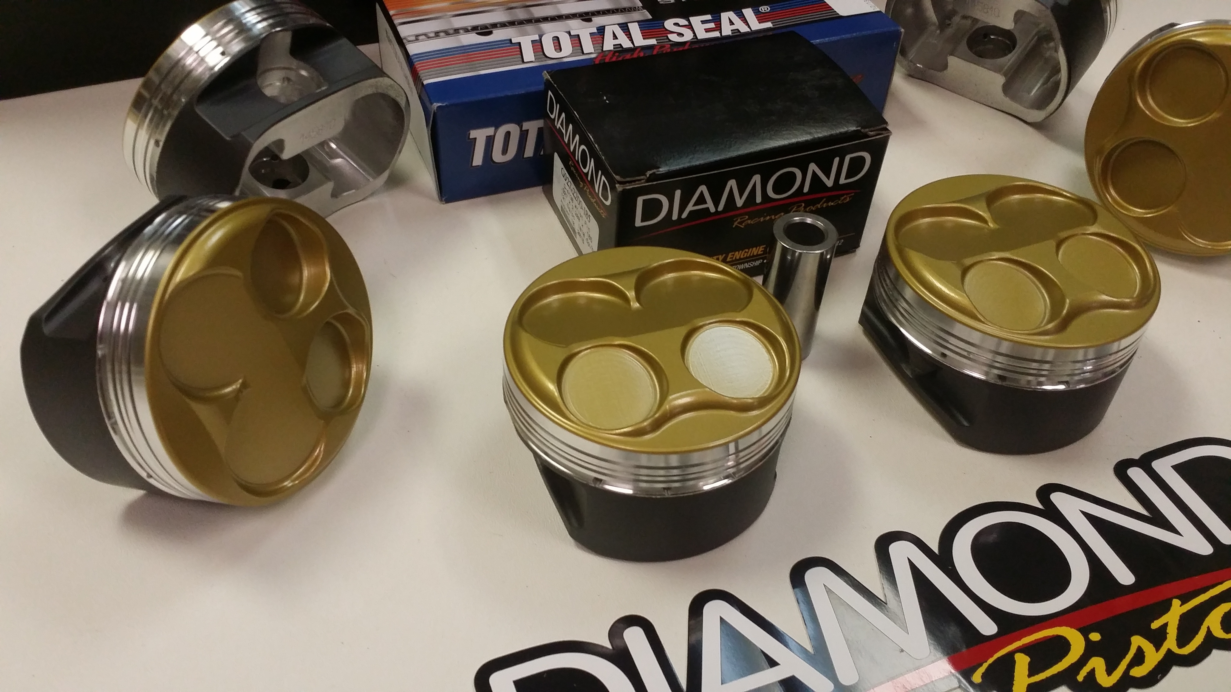 Diamond Pistons 11 0 1 Cr Cyclone 2011 2015 Ford Mustang