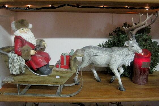 Julemand i slæde m/rensdyr