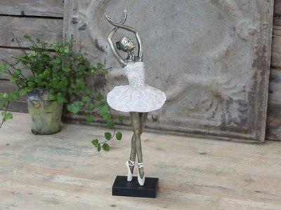 Ballerina dansende H41 cm