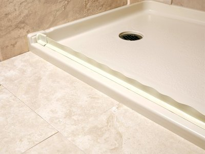 Collapsible Shower Threshold