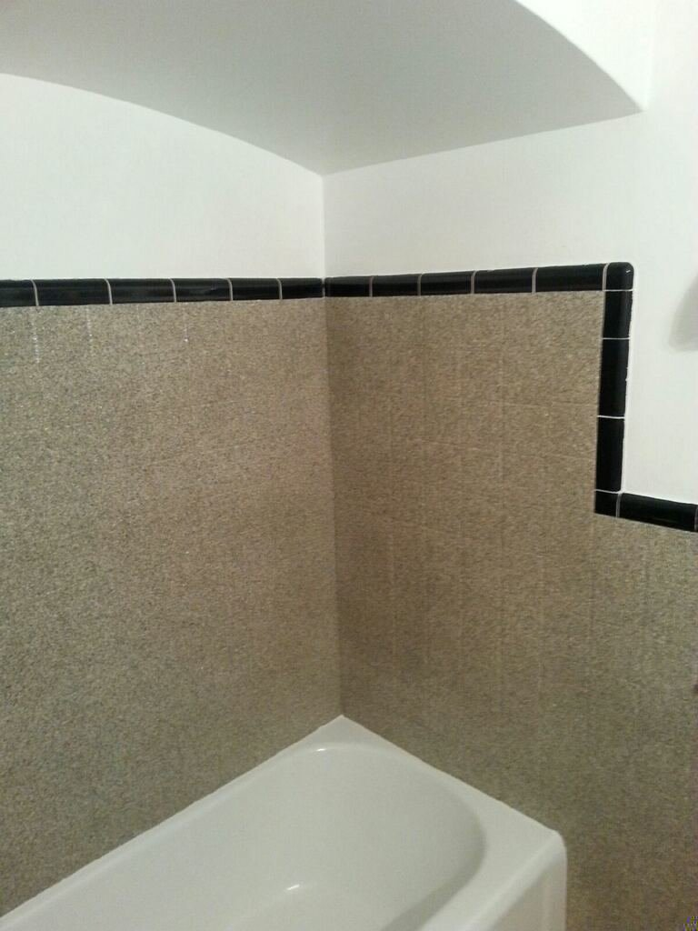 Detroit Bath and Tile Refinishing 5 coats 586-296-1100