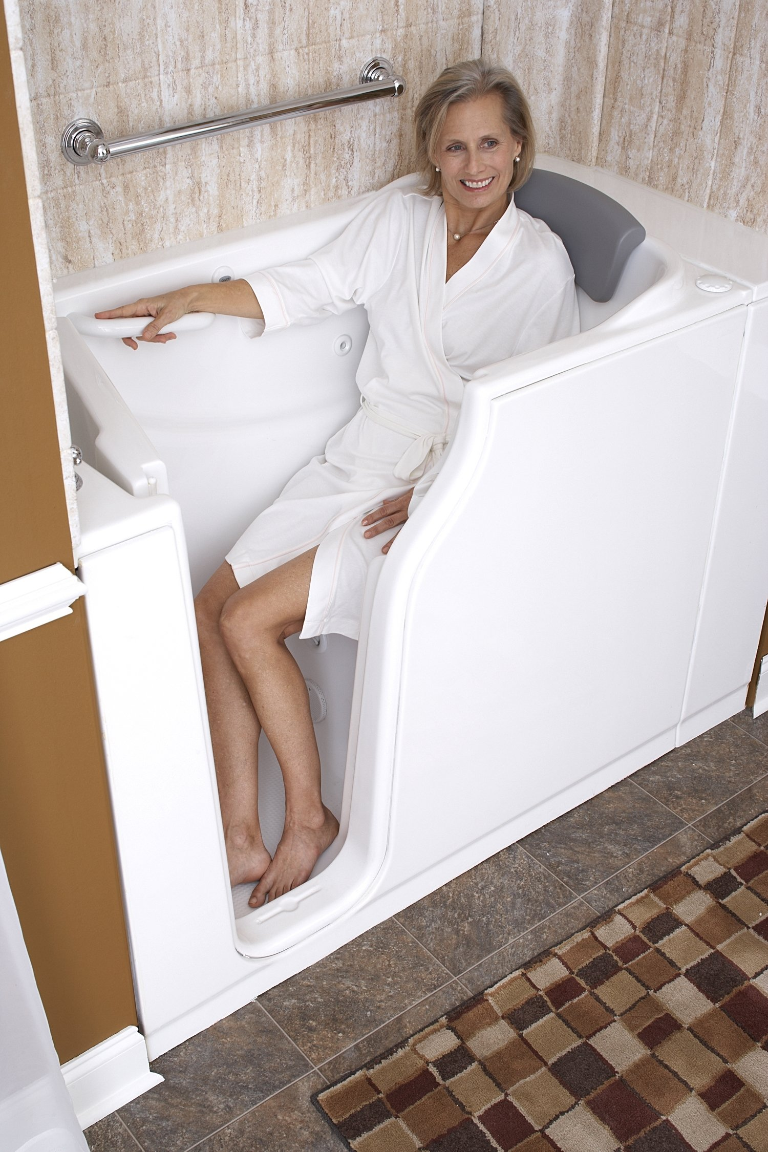WALK-IN-TUBS FROM MEDITUBS 00098