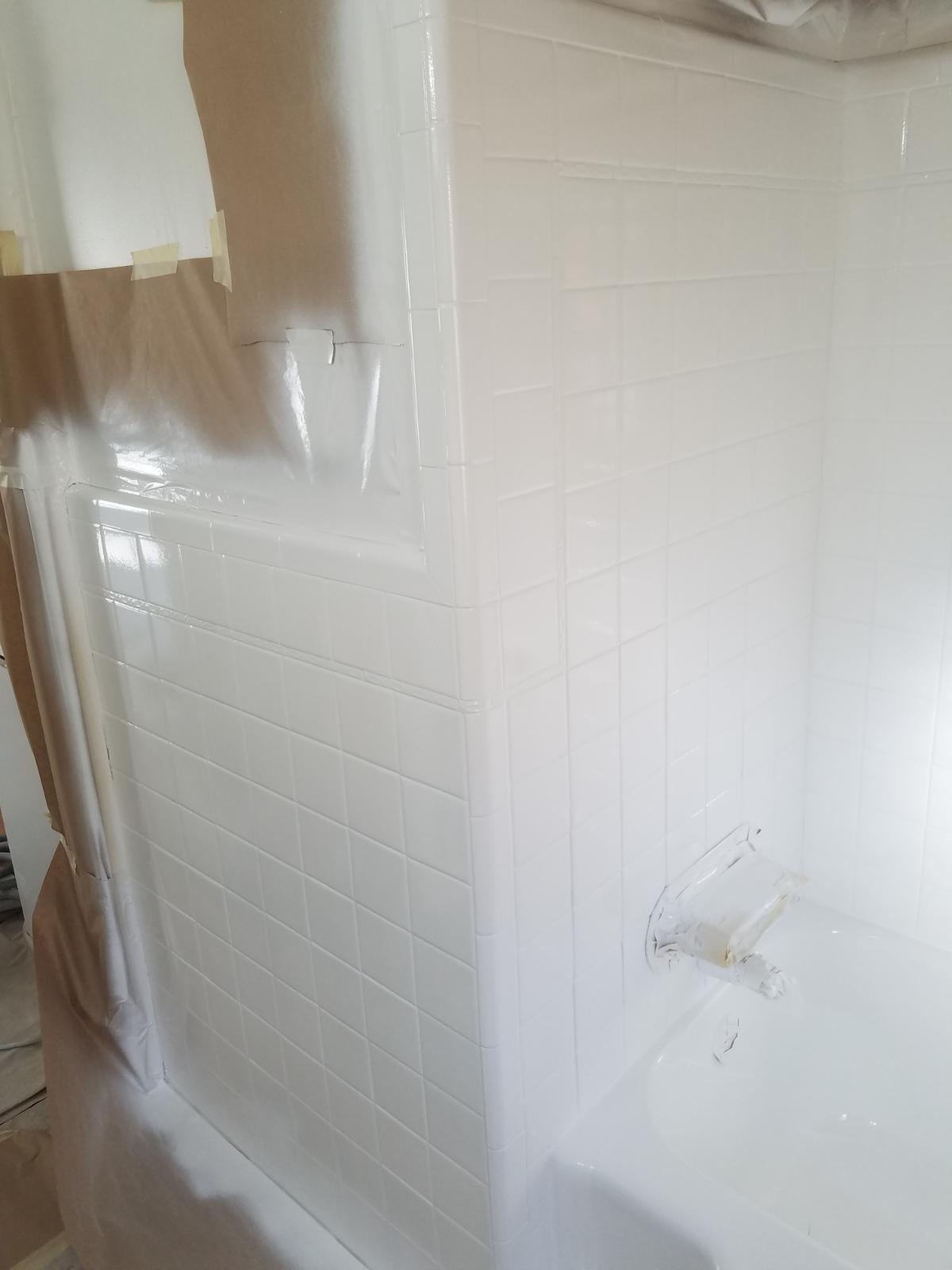 The Liquid Porcelain Tub and Tile Rejuvenation System Shows 1