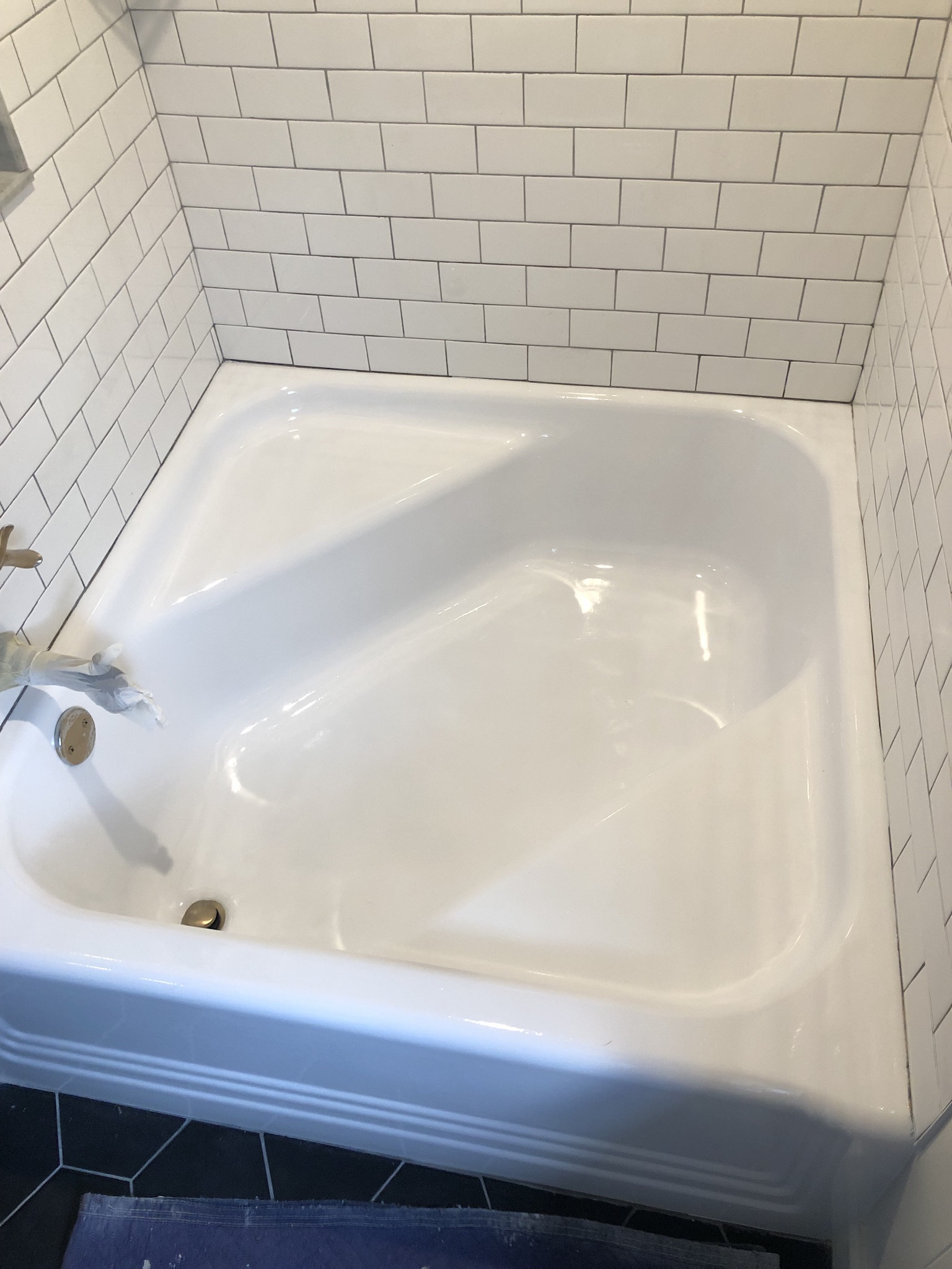 Square Garden Bathtub Refinishing